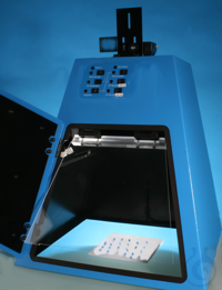 Documentation device for TLC (DC) thin layer chromatography Documentation device for thin layer...