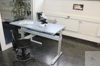 Laboratory table height adjustable  Width 1.60 m, height adjustment 70-120cm,...