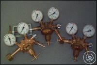 Druckminderer Sauerstoff mit Inhalts- und Arbeitsmanometer, Druckminderer Sauerstoff mit Inhalts-...