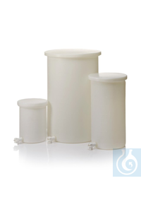 Nalgene™ Heavy-Duty Cylindrical LLDPE Tanks with Spigots 5 gal., 19L Each Nalgene™...